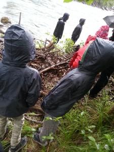 Sortie en Kway sous la pluie avec les enfants