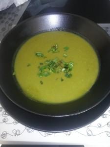 Soupe d'herbes à la coriandre - Panier La Ruche qui dit Oui