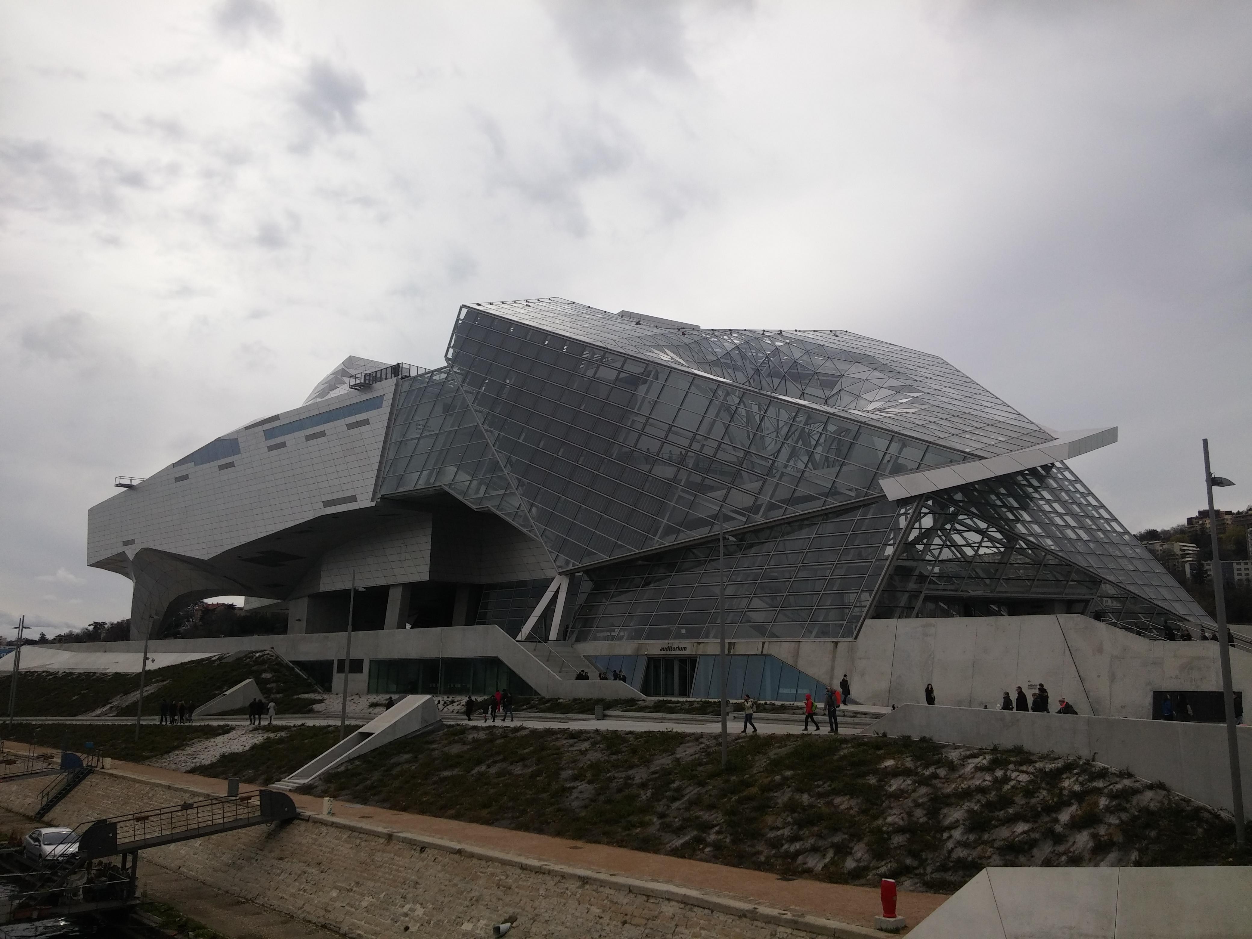 Découvrir Lyon avec les enfants – Musée des Confluences