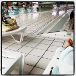 Maman Entrepreneur Bureau Nomade à la piscine