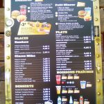 Walibi-rhones-alpes-idee-sortie-ete-2018-menu-restaurant-prix-golden-burger-min