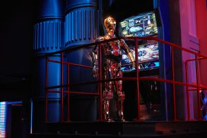 disneyland-saison-legendes-de-la-force-2019-star-wars-promo-c3po-star-tours