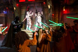 disneyland-saison-legendes-de-la-force-2019-star-wars-promo-jedi-academy
